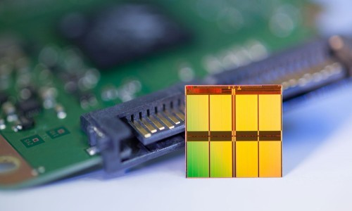 16-nm MLC NAND